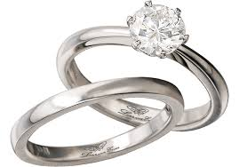 47243e 18kt two tone diamond wedding ring hearing wedding bells