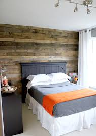 wood pallet wall i want this for the wall behind my bed
