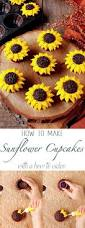 simple halloween cakes best 25 sunflower cakes ideas on pinterest sunflower cake ideas