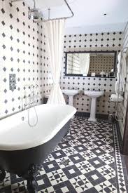 black and white tile bathroom decorating ideas best 25 black