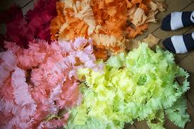 where can i buy crepe paper fringey streamers diy diy streamers crepe paper