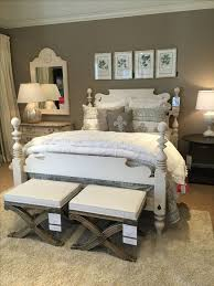 Used Ethan Allen Bedroom Furniture by Best 25 Ethan Allen Ideas On Pinterest Clear Vases Romantic
