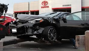 toyota new car 2015 heartbreaking brand new 2015 corolla totaled as it drove off lot