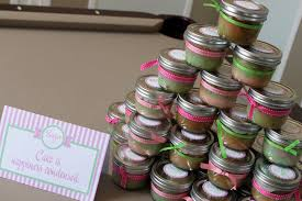 cupcake in a mason jar as favors plus cute decorating ideas for a