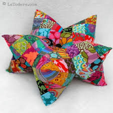 Armchair Pincushion 3526 Best Pincushions Images On Pinterest Pincushions Needle