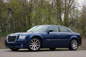review 2010 chrysler 300c srt8 photo gallery autoblog