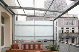 balkon regenschutz und sichtschutz für einen balkon