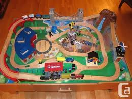 imaginarium classic train table with roundhouse imaginarium classic train table with roundhouse 100 plateau mt