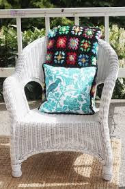 Can You Paint Wicker Chairs Krylon U0027s Dual Spray Paint A Combination Primer And Paint In One