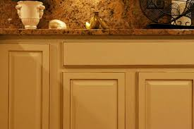 kitchen cabinet refinishing molding and painting experts