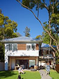 post post war house by shaun lockyer architects brisbane