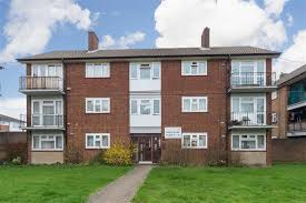 Flats For Rent In Luton 1 Bedroom Ross Close Luton 1 Bed Flat For Sale 130 000