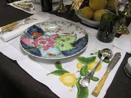 vintage mottahedeh tobacco leaf place settings for your tabletop