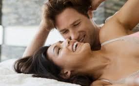 suami hajar istri yang tak mu puaskan di ranjang padahal