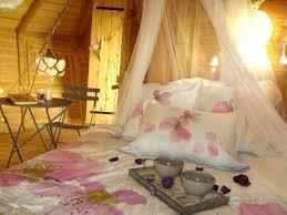 chambre cabane dans les arbres cabane dans les arbres vue sur le mont st michel chambre d hôte à