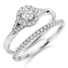 white gold bridal sets 18ct white gold diamond bridal set 0005530 beaverbrooks the