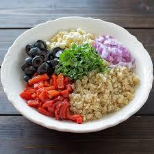cuisine quinoa mediterranean quinoa salad cooktoria