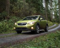 subaru crosstrek turbo 2014 subaru xv crosstrek hybrid photo gallery autoblog
