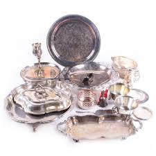 engraved serving platter wm rogers foliate engraved serving platter and other tableware ebth