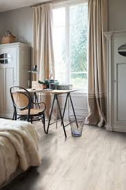 Quick Step Laminate Flooring Review Quick Step Classic Reclaimed White Patina Oak Planks Qst070