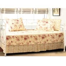 rysartdesign com r 2017 12 bedroom charming daybed