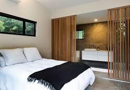 cloison pour separer une chambre 13 façons originales de séparer la chambre de la salle de bains