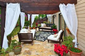 Pergola With Curtains Curtain Call The Guide To Pergola Curtains