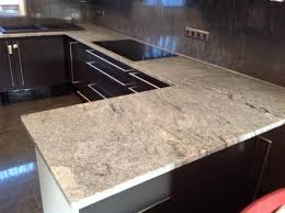 Arbeitsplatte K He Awesome Arbeitsplatte Küche Montieren Images House Design Ideas