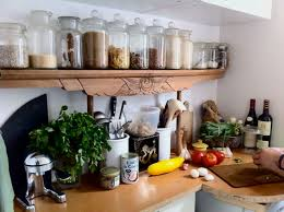 Idee Rangement Cuisine 7 Astuces Rangements Pratiques Pour Sa Cuisine Astuces De Filles