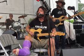 Blind Melon Guitarist Dave Grohl Covered Neil Young At Motorcycle Rally With Ex Members
