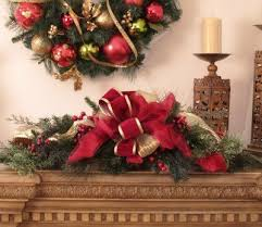 Gold Christmas Centerpieces - 15 best white and gold christmas tree decor images on pinterest