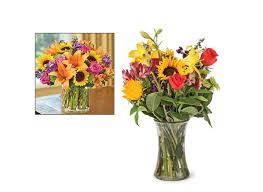 Flowers Delivered With Vase 1800 Flowers Vs Ftd Com Online Flower Consumer Reports