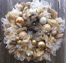 White Stuff Christmas Decorations by Best 25 Gold Christmas Ideas On Pinterest Winter Craft 3 A Big
