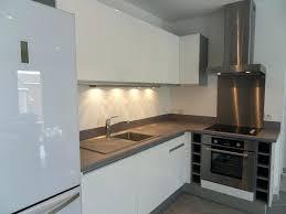 cuisine grise plan de travail noir cuisine plan de travail gris cuisine gris anthracite plan de