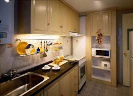 Simple Small Kitchen Decor Simply Small Kitchen Decorating - Small apartment kitchen design ideas
