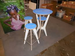 Outdoor Furniture Trade Shows by Otx Trade Show Table And Stools Portable Trade Show Furniture