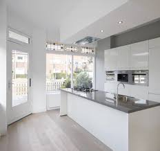 what are the easiest kitchen cabinets to clean glossy white no hardware cabinets with flat stove makes