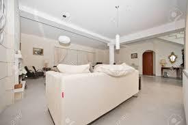 soggiorno e sala da pranzo marrone soggiorno e sala da pranzo bianco cucina e soggiorno foto