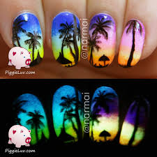 piggieluv tropical beach at sunset nail art glow in the dark