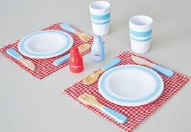 geschirr kinderküche kaufmannsladen küche holz geschirrset gedeckter tisch für