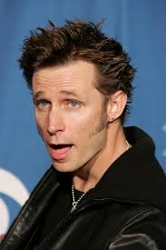 Green Day - Mike Dirnt Picture Thread #1- b/c Billie has one so Mike should too! - Fan Forum - suws5c