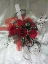 Red Rose Wrist Corsage Hairpieces U0026 Handheld Bouquets Rhew Hendley Florist Paducah Ky