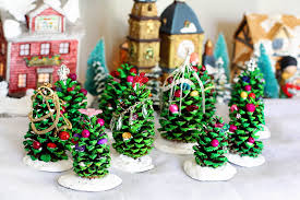 pinecone christmas tree craft christmas lights decoration