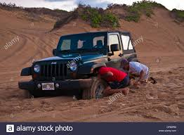 jeep wrangler beach sunset jeep beach stock photos u0026 jeep beach stock images alamy