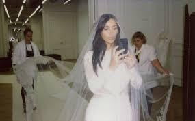 wedding dress kanye wishes kanye a 3 year anniversary