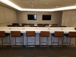 american u0027s brand new chicago o u0027hare business class lounge opens