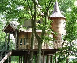 three house treehouse fernie castle