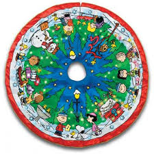 peanuts lit tree skirt the danbury mint