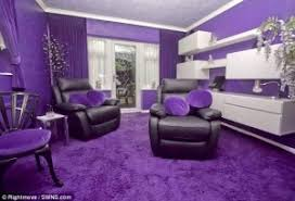 Purple Interior Design by Never Judge A House By It U0027s Exterior Wow Diy Cozy Home