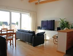 Wohnzimmer Hell Und Modern 2 Zimmer Wohnung Zu Vermieten Radenwisch 14 16 22457 Hamburg